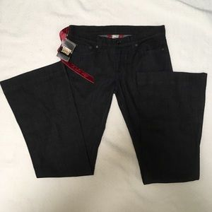 NWT Lucky Brand Flared Cut Jeans Size 8/29